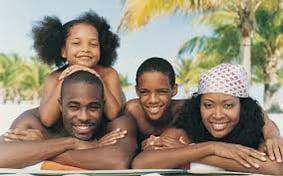 family_on_vacation.jpg
